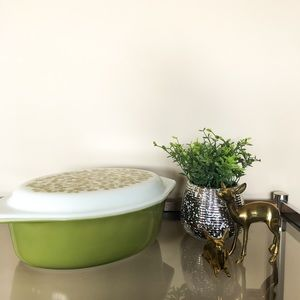 Pyrex Verde Oval Casserole